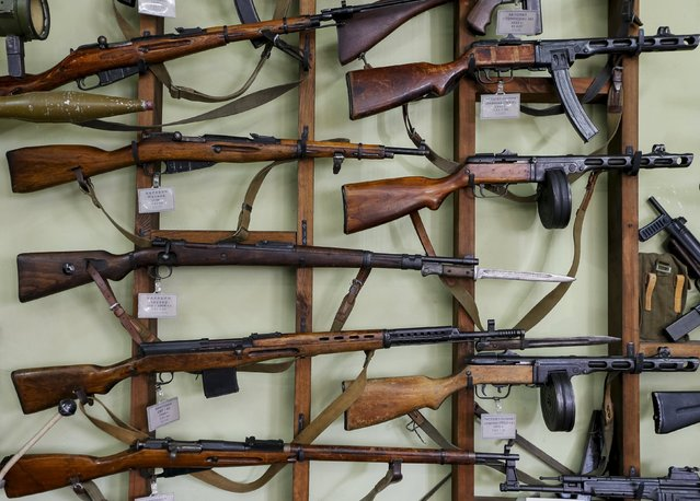 Weapons are seen at an exhibition at a Phaeton museum in Zaporizhia, Ukraine, August 11, 2015. (Photo by Gleb Garanich/Reuters)