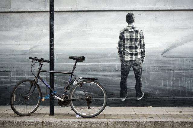 Stencil by Boxi in London, 2010. (Photo by urbanartcore.eu)