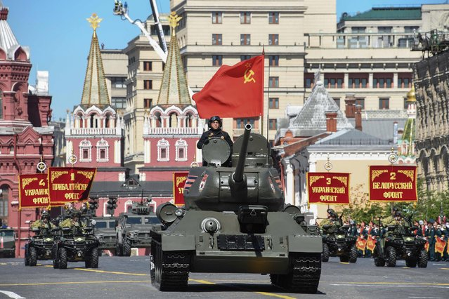 Soviet T-34 tank parades through Red Square during the Victory Day military parade in Moscow on May 9, 2018 Russia marks the 73 rd anniversary of the Soviet Union' s victory over Nazi Germany in World War Two. (Photo by Kirill Kudryavtsev/AFP Photo)