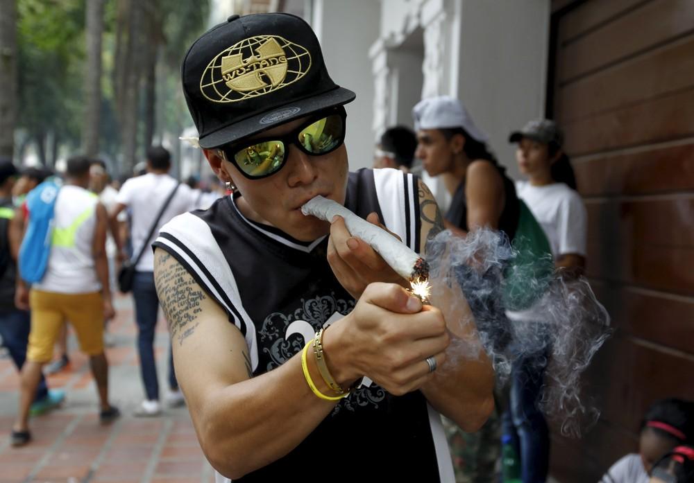 Colombian Pro-Legalization Demonstration