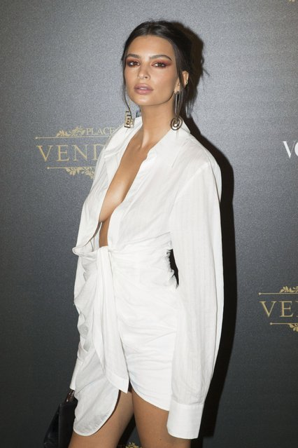Emily Ratajkowski attends Vogue Party as part of the Paris Fashion Week Womenswear Spring/Summer 2018 at on October 1, 2017 in Paris, France. (Photo by Bertrand Rindoff Petroff/Getty Images)