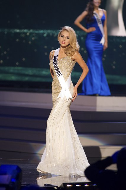 Gabriela Ordonez, Miss Honduras 2014 competes on stage in her evening gown during the Miss Universe Preliminary Show in Miami, Florida in this January 21, 2015 handout photo. (Photo by Reuters/Miss Universe Organization)