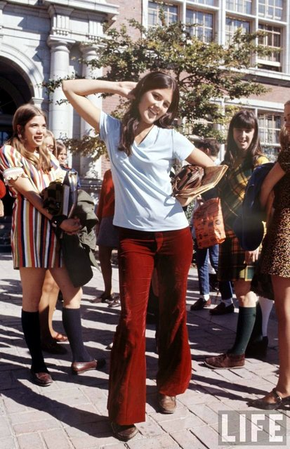 High school student wearing bell bottoms and boots, 1969. (Photo by Arthur Schatz/Time & Life Pictures/Getty Images)