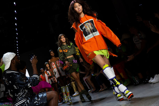 Models present creations from the Jeremy Scott Spring/Summer 2019 collection during New York Fashion Week in the Manhattan borough of New York City, U.S., September 6, 2018. (Photo by Caitlin Ochs/Reuters)