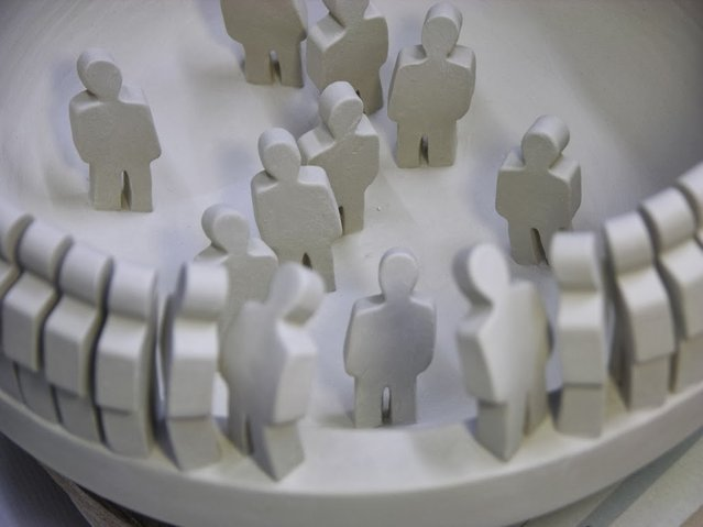 "Sculpture ""Around the Rim"" By Johnson Tsang"