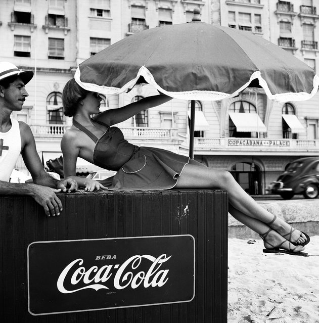 "Writing about the Ambassador, the art critic Robert Melville said it was ""the most daring and enterprising trade journal ever conceived … No other magazine … has so consistently and brilliantly demonstrated the relevance of works of art to the problems of industrial design"". Here: Shelagh Wilson, Copacabana beach, Rio de Janeiro, 1951. (Photo by Elsbeth Juda Archive/Victoria and Albert Museum)"