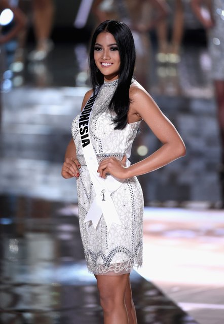 Top 15 contestant Miss Indonesia 2015, Anindya Kusuma Putri, walks onstage during the 2015 Miss Universe Pageant at The Axis at Planet Hollywood Resort & Casino on December 20, 2015 in Las Vegas, Nevada. (Photo by Ethan Miller/Getty Images)