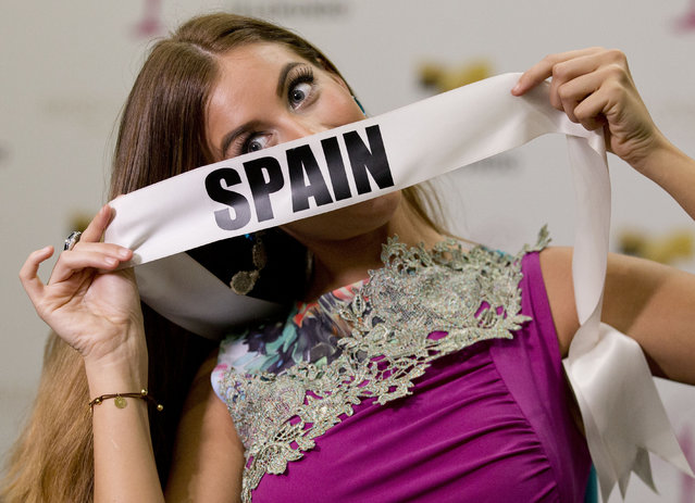 Miss Universe contestant Desire Cordero, of Spain, poses for a photo after a news conference for contestants from Latin America and Spain, Monday, January 12, 2015, in Doral, Fla. The Miss Universe pageant will be held on January 25, in Miami. (Photo by Wilfredo Lee/AP Photo)