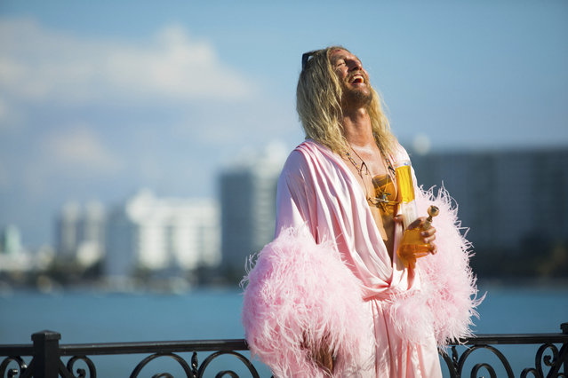 "This image released by Neon shows Matthew McConaughey in a scene from ""The Beach Bum"". (Photo by Atsushi Nishijima/Neon via AP Photo)"