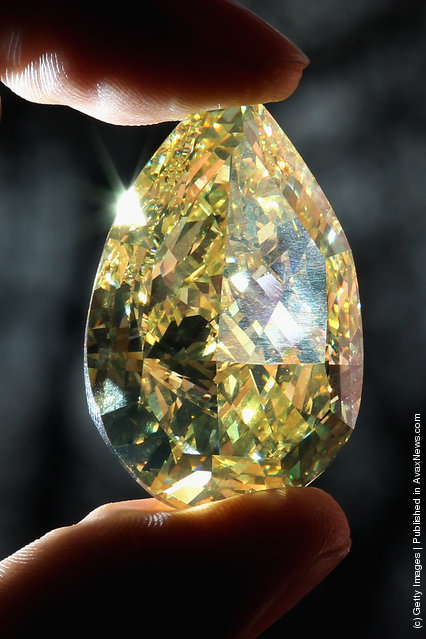 The largest yellow pear-shaped diamond in the world
