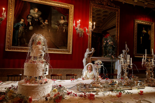 Carole Copeland poses as the character Miss Havisham during the Dickens themed annual Christmas event at Chatsworth House near Bakewell in Britain November 8, 2017. (Photo by Andrew Yates/Reuters)