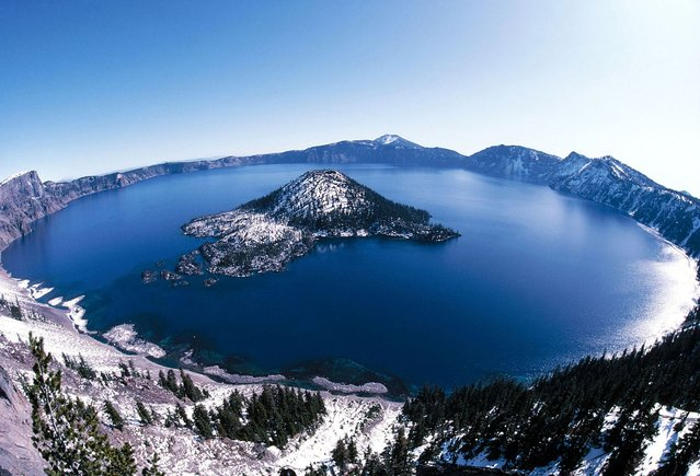 Giant crater lake – The crater lake at Crater Lake National Park in Oregon was formed about 150 years ago by the collapse of the volcano Mount Mazama. (Photo by Rancois Gohier/Ardea/Caters News)