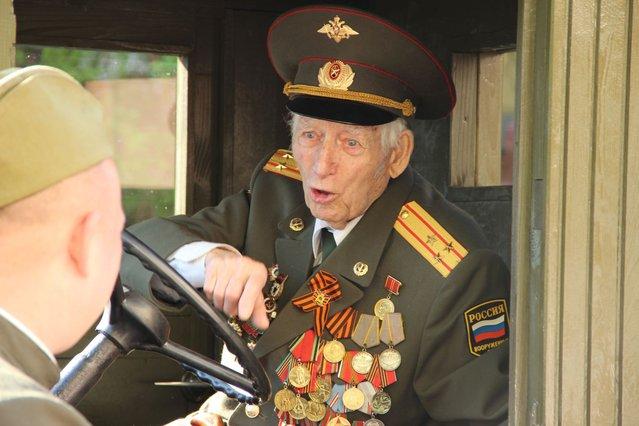 The traditional Victory Parade in Lipetsk, Russia May 9, 2013. (Photo by LipetskMedia)