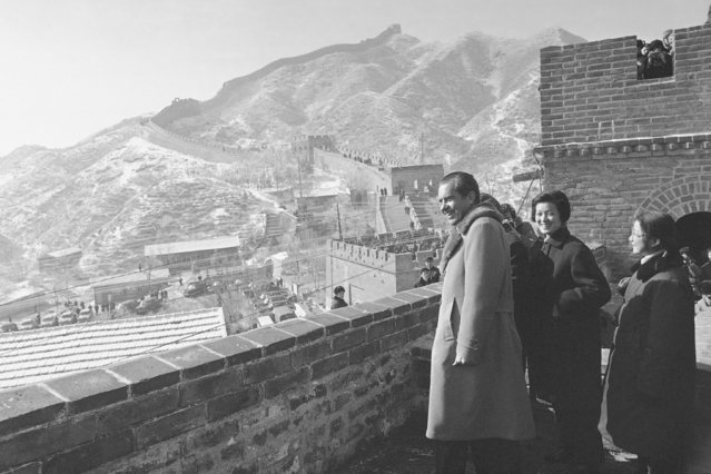 In this February 24, 1972, file photo, U.S. President Richard Nixon with Chinese guides and interpreters stand on the Great Wall of China on the outskirts of Beijing. Four decades after the U.S. established diplomatic ties with communist China, the relationship between the two is at a turning point. (Photo by AP Photo/File)