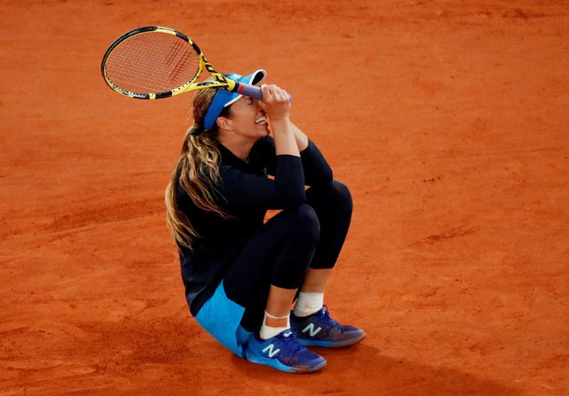 Danielle Collins of the United States celebrates after her victory against Ons Jabeur of Tunisia in the fourth round of the singles competition on Court Philippe-Chatrier during the French Open Tennis Tournament at Roland Garros on October 6th 2020 in Paris, France. (Photo by Gonzalo Fuentes/Reuters)
