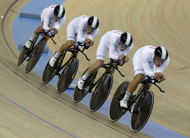 Riders of Australia compete to win gold in Men's Team Pursuit during the UCI Track Cycling World Cup in Hong Kong, China January 16, 2016. (Photo by Bobby Yip/Reuters)