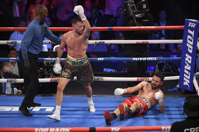 Scotland's Josh Taylor reacts after knocking down Jose Ramirez during their junior welterweight world unification title fight at Virgin Hotels Las Vegas on May 22, 2021 in Las Vegas, Nevada. Taylor won by unanimous decision. (Photo by David Becker/Getty Images)