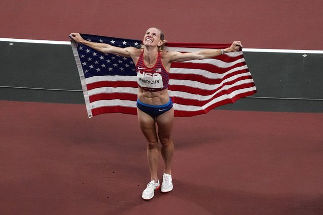 Courtney Frerichs of the United States celebrates finishing second in the women's 3000m steeplechase during the Tokyo 2020 Olympic Games at the Olympic Stadium in Tokyo on August 4, 2021. (Photo by Toni L. Sandys/The Washington Post)