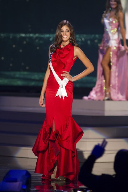 Doron Matalon, Miss Israel 2014 competes on stage in her evening gown during the Miss Universe Preliminary Show in Miami, Florida in this January 21, 2015 handout photo. (Photo by Reuters/Miss Universe Organization)