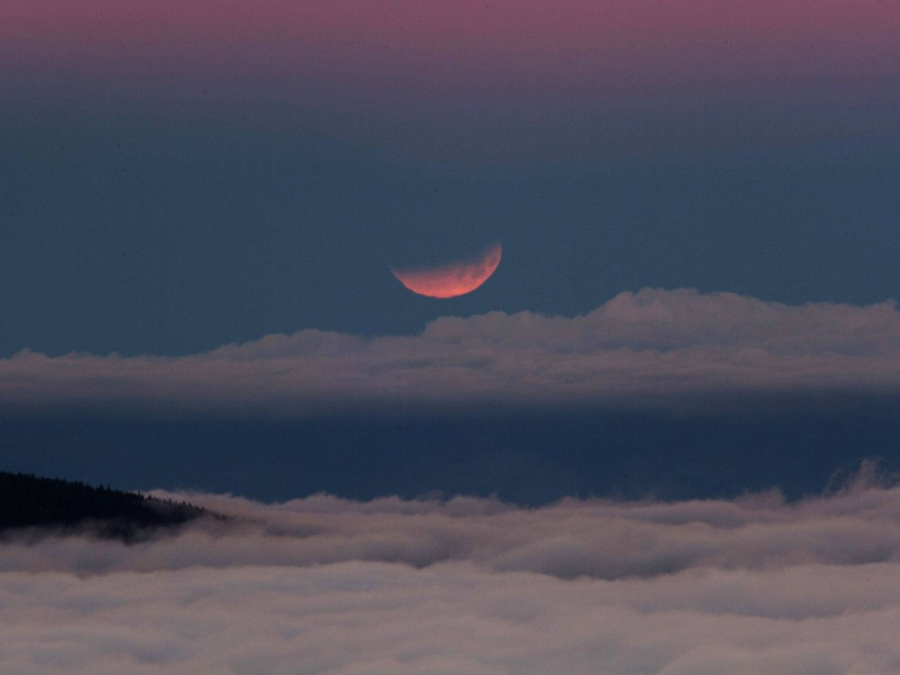 """Blood Moon Eclipse"""