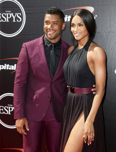 NFL football quarterback Russell Wilson (L) and singer Ciara arrive for the 2015 ESPY Awards in Los Angeles, California July 15, 2015. (Photo by Danny Moloshok/Reuters)