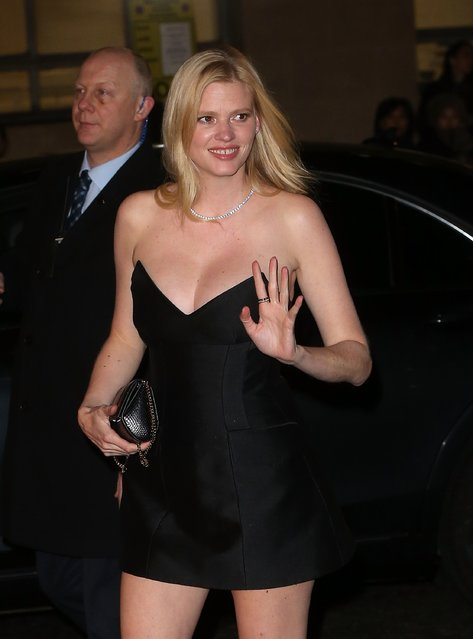 Lara Stone attends The Fashion Awards 2016 at Royal Albert Hall on December 5, 2016 in London, England. (Photo by Danny E. Martindale/Getty Images)