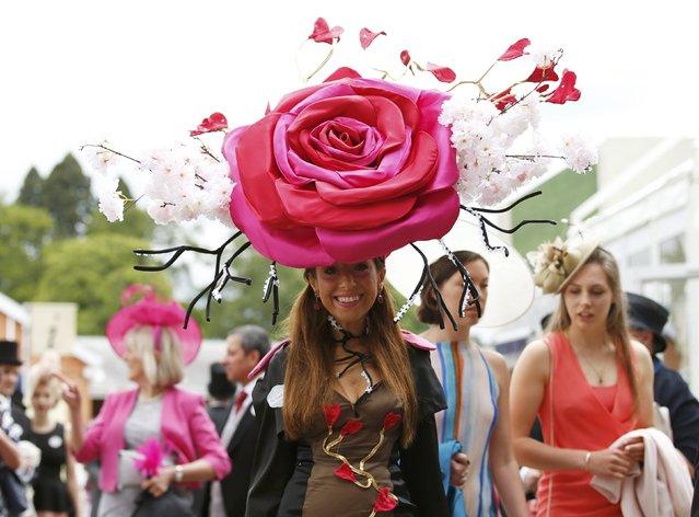 Britain Horse Racing, Royal Ascot, Ascot Racecourse June 16, 2016. Ladies Day Racegoer wears hat. (Photo by Andrew Boyers/Reuters)