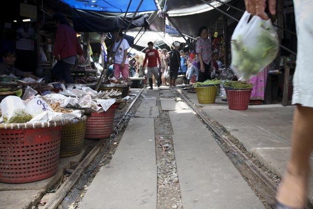 Maeklong Railway Market. (Photo by Michael)