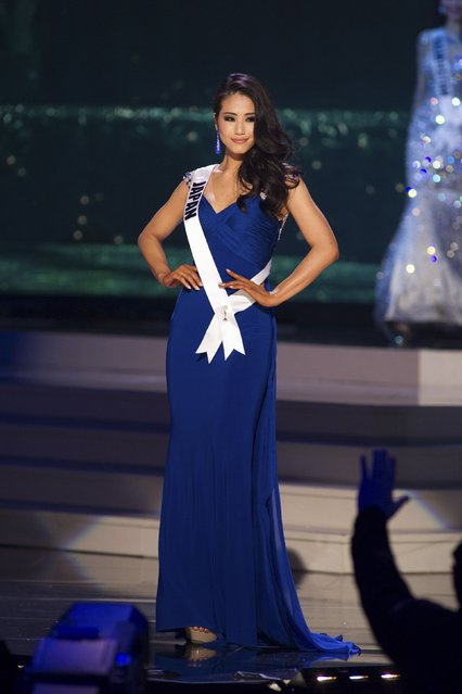 Keiko Tsuji, Miss Japan 2014 competes on stage in her evening gown during the Miss Universe Preliminary Show in Miami, Florida in this January 21, 2015 handout photo. (Photo by Reuters/Miss Universe Organization)