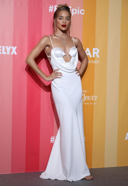 Jasmine Sanders arrives at the amfAR charity dinner during the Milan Fashion Week, in Milan, Italy, 22 September 2018. (Photo by Matteo Bazzi/EPA/EFE)