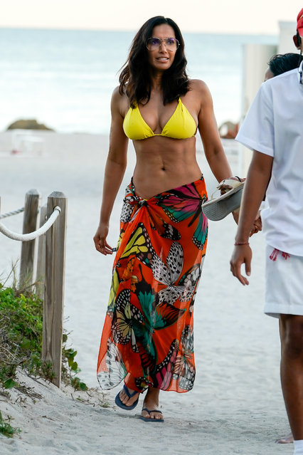 Top Chef host Padma Lakshmi enjoying a beach day in Miami with a friends on January 5, 2019. (Photo by AM/LVT/Splash News and Pictures)