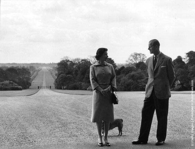 1959: Queen Elizabeth II and the Duke of Edinburgh near the George IV Gateway, Windsor Castle