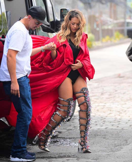 Rita Ora is seen in the Meat Packing District on October 5, 2017 in New York City. (Photo by Splash News and Pictures)