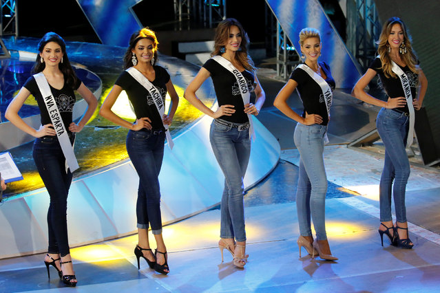 Miss Venezuela 2016 beauty pageant contestants take part in a practice session and media presentation in Caracas, Venezuela October 3, 2016. (Photo by Marco Bello/Reuters)