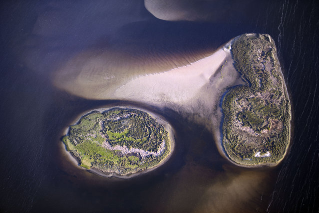 Islands in Northwestern Florida. (Photo by Jassen Todorov/Caters News)