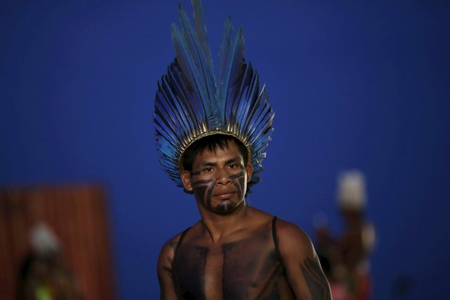 An indigenous man is seen at the sports arena during the first World Games for Indigenous Peoples in Palmas, Brazil, October 25, 2015. (Photo by Ueslei Marcelino/Reuters)