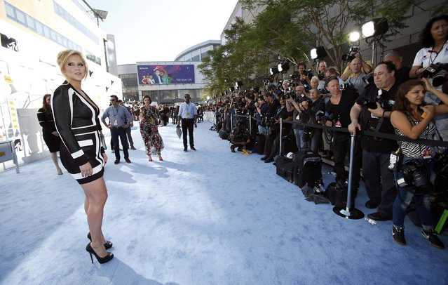 Comedenne Amy Schumer arrives at the 2015 MTV Movie Awards in Los Angeles, California April 12, 2015. (Photo by Mario Anzuoni/Reuters)