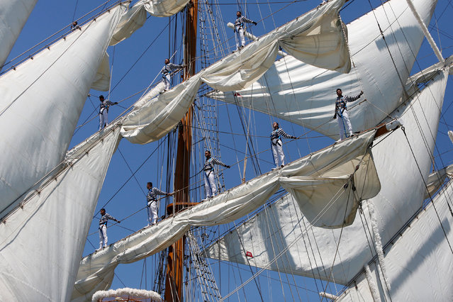 The Mexican ship Cuauhtemoc is pictured during the Tall Ships Races 2016 parade, in Lisbon, Portugal, July 25, 2016. (Photo by Pedro Nunes/Reuters)