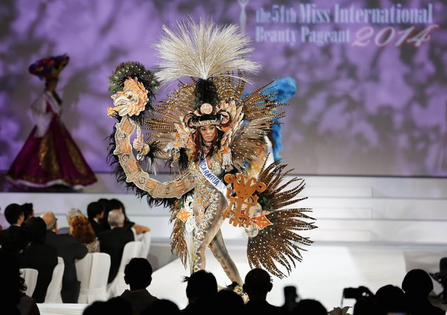 Jeimmy Garcia of Nicaragua poses in national dress during the 54th Miss International Beauty Pageant in Tokyo November 11, 2014. (Photo by Thomas Peter/Reuters)