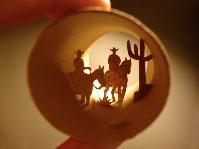 Toilet paper roll art of a couple of cowboys. (Photo by Anastassia Elias/Caters News)