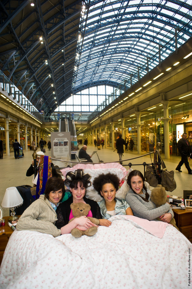 Oxfam Hosts The Ultimate «Girls Night In» At St Pancras