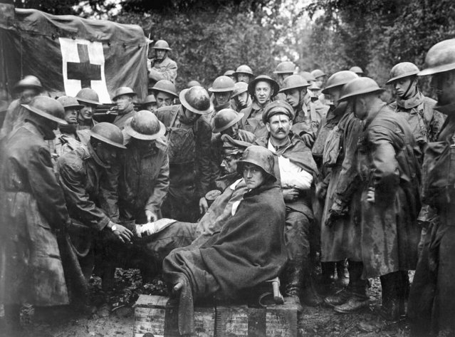 Wounded German prisoners receive medical attention at a first aid station of the 103rd and 104th Ambulance Companies, September 1912. US Army photo. (Photo by Interim Archives/Getty Images)
