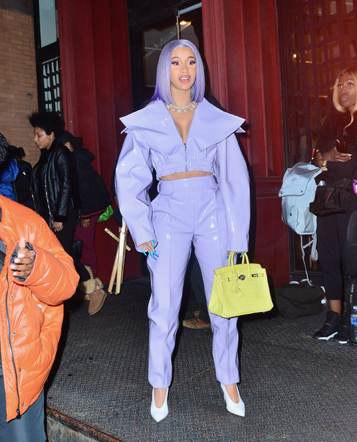 Cardi B looks stunning as she finishes filming her netflix show in NYC on January 9, 2019. (Photo by Splash News and Pictures)