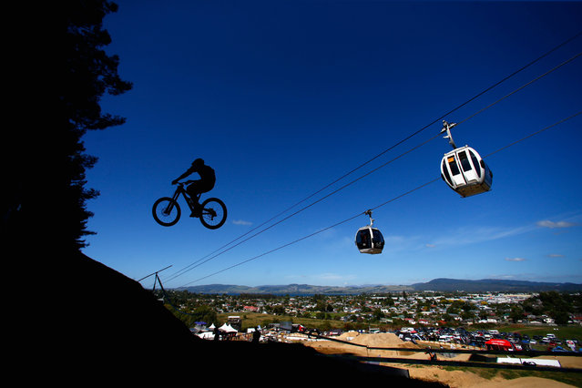 A rider practices the downhill course on Day Two of the Crankworx Mountainbike Festival on March 10, 2016 in Rotorua, New Zealand. (Photo by Phil Walter/Getty Images)