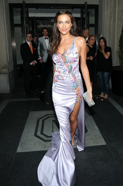 Irina Shayk departs The Mark Hotel for the Met Gala at the Metropolitan Museum of Art on May 4, 2015 in New York City. (Photo by Andrew Toth/Getty Images for The Mark Hotel)