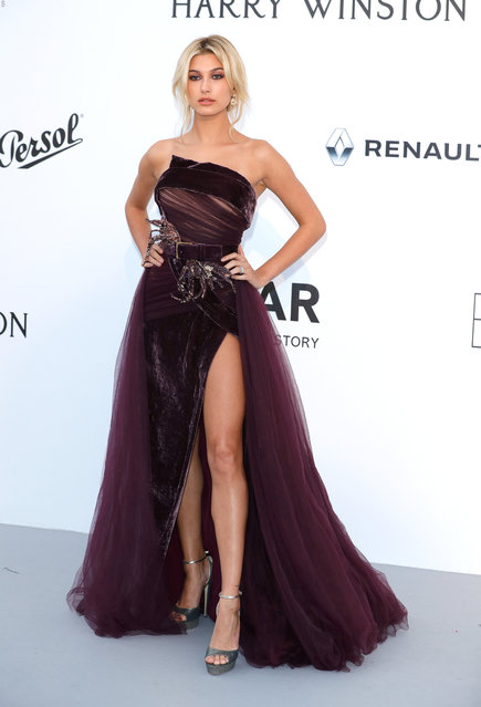 Hailey Baldwin arrives at the amfAR Gala Cannes 2017 at Hotel du Cap-Eden-Roc on May 25, 2017 in Cap d'Antibes, France. (Photo by Andreas Rentz/French Select for amfAR)