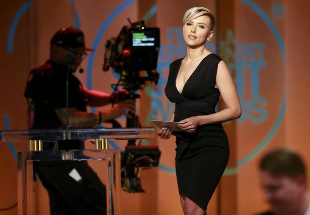 Actress Scarlett Johansson arrives on stage to present the award for best director at the 2015 Film Independent Spirit Awards in Santa Monica, California February 21, 2015. (Photo by Adrees Latif/Reuters)