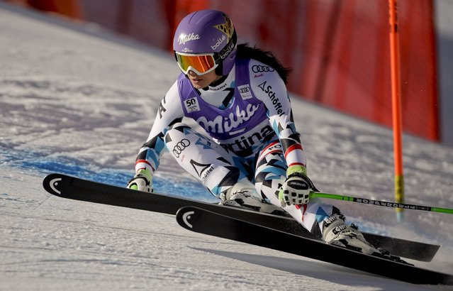 Austria's Anna Veith competes during an alpine ski, women's World Cup downhill race, in Cortina d'Ampezzo, Italy, Sunday, January 28, 2017. (Photo by Domenico Stinellis/AP Photo)