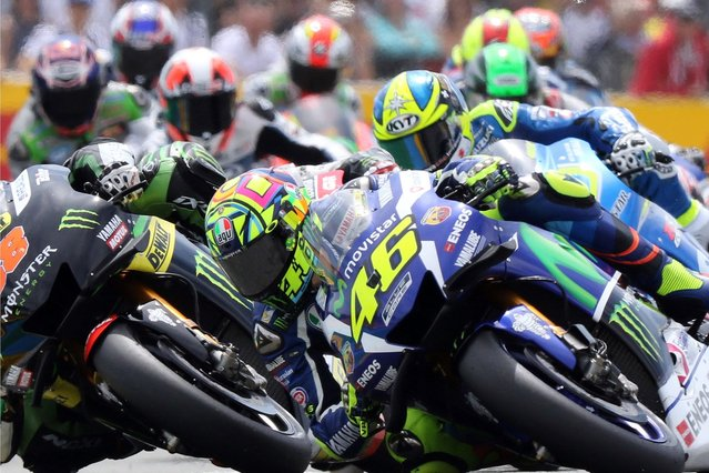 Italian Moto GP rider Valentino Rossi of Movistar Yamaha MotoGP in action during the MotoGP race of the French motorcycling Grand Prix at Le Mans race track, Le Mans, France, 08 May 2016. (Photo by Eddy Lemaistre/EPA)