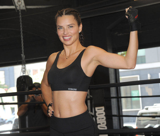 Victoria's Secret angel Adriana Lima preps for the 2017 Victoria's Secret Fashion show in China with trainer Dara Hartman at the Dogpound in New York City, New York, USA on October 3, 2017. (Photo byJackie Brown/Splash News and Pictures)
